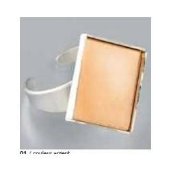 1 Bague avec platine carrée